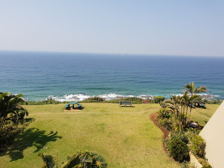 Breathtaking Seaview Apartment - Surfside, Umdloti
