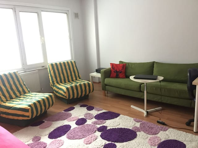Cozy and central house in downtown Kadıköy