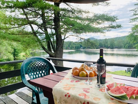 Two bedroom Cottage Lakeside | All Amenities🚣 L2