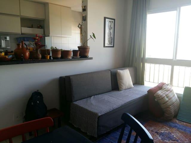 Sofazinho cama confortável - Águas Claras - Huoneisto