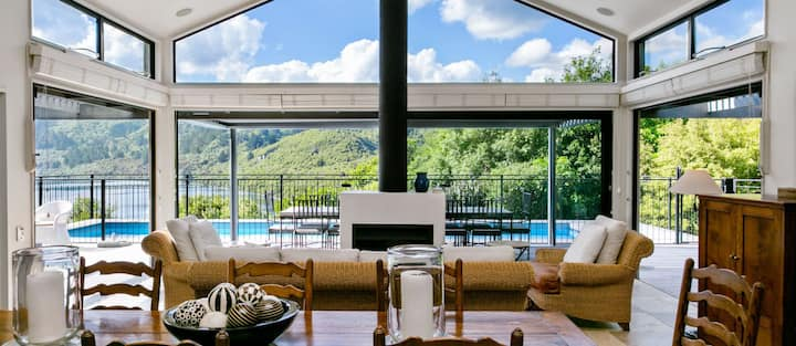 Luxury Villa Accommodation in Taupo