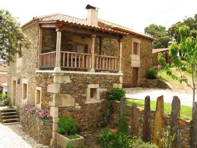 Casa das Quintas - Casa T1 - Mogadouro