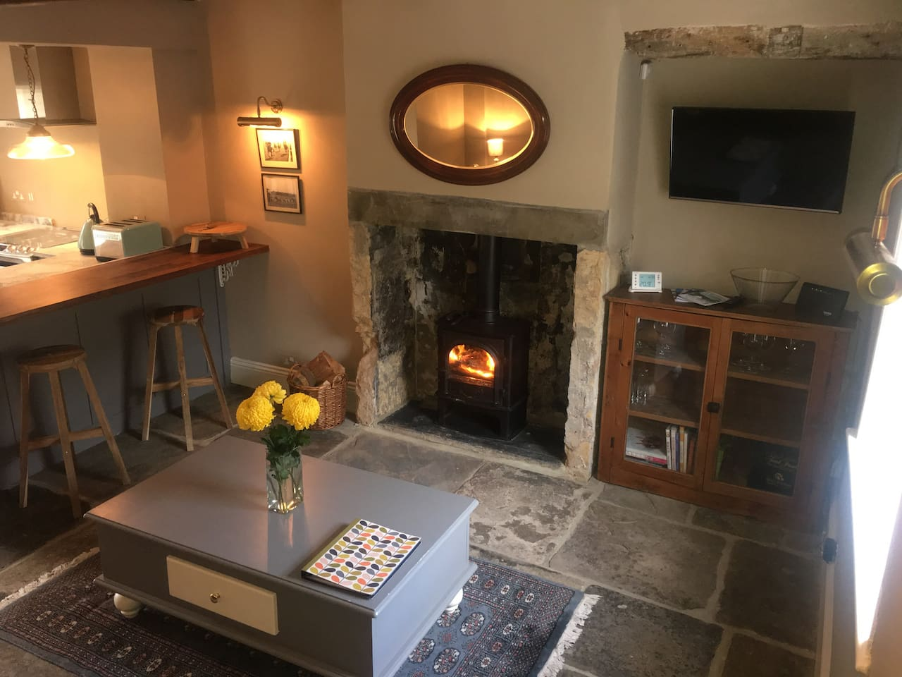 delightful grade ii listed limestone cottage vacation homes