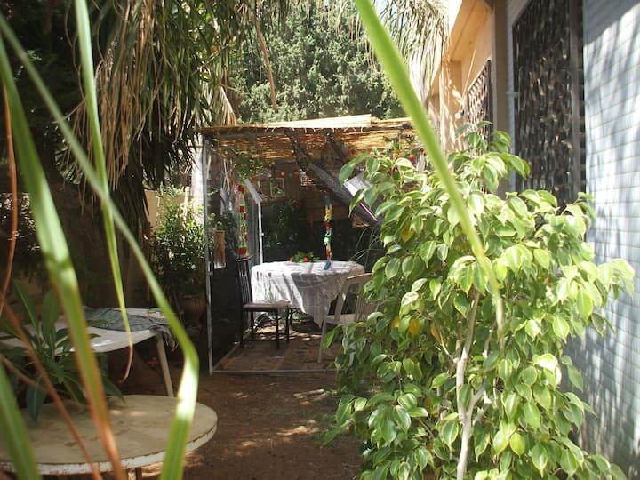 Garden flat in central Netanya