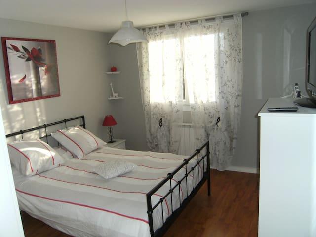 chambre 2 voyageurs, 5 mn Zénith/Grande halle