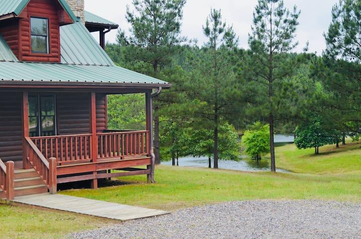 """Ranch House"" Cabin @ Timberlodge"