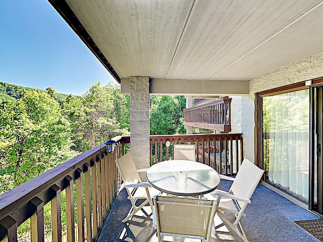 Welcome to Gatlinburg! This condo is professionally managed by TurnKey Vacation Rentals.