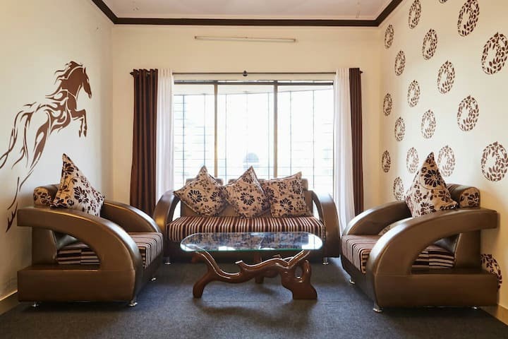 Basera service apt - single room - Bombay - Appartement