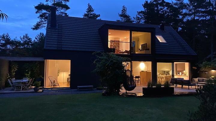 Beautiful modern house in the heart of Höllviken