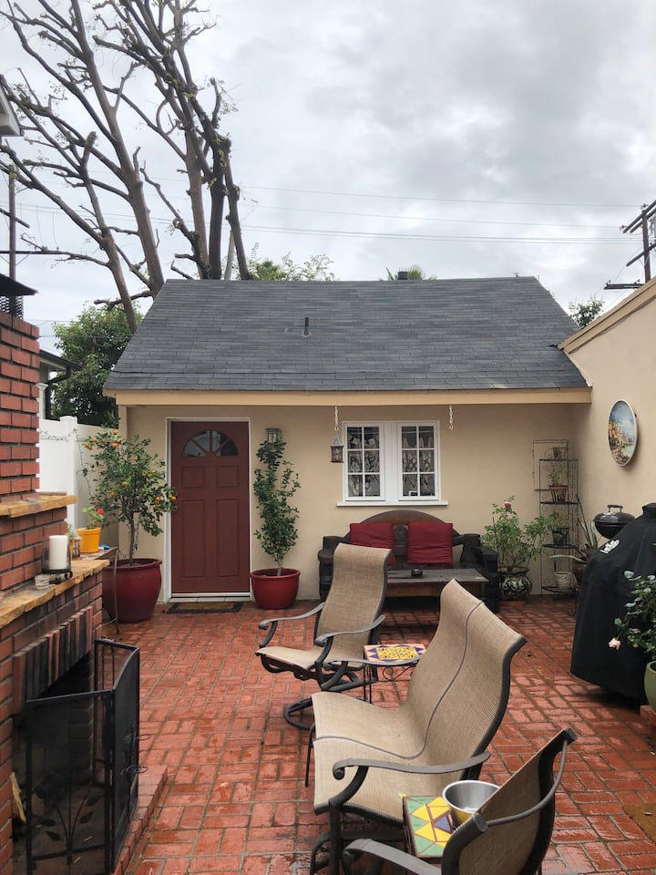 Peaceful Guesthouse in the Heart of Studio City