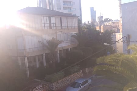 Nice Big Room in central Ramat Gan - Apartamento