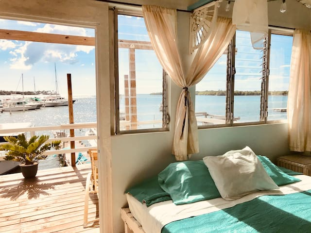 Sol Casita ∞ Captain Quarters - Ocean View Balcony