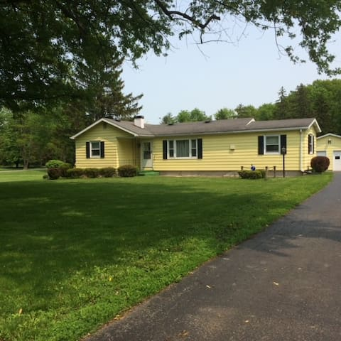 Newly Remodeled 3 Bedroom Ranch