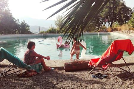 Apartamento con Lago en Finca  Las Vistillas