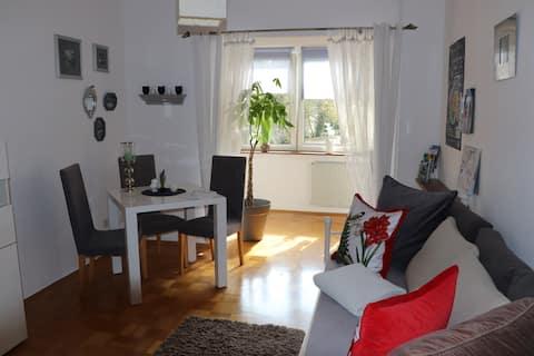 *Dbg-Zentrum*Liebevoll Wohnen auf 45 qm Wohnung*