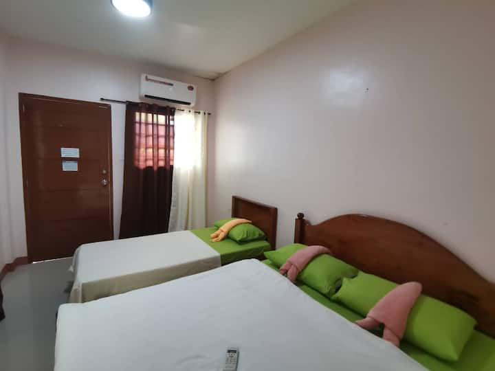Triple AC Room in Private Villa in Coron