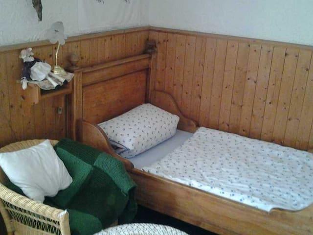 Gästehaus zum alten Schulhaus, Einzelzimmer
