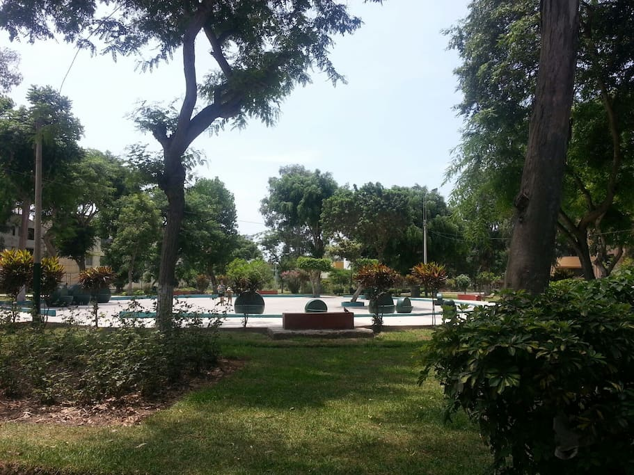 Parque a pocos metros del departamento