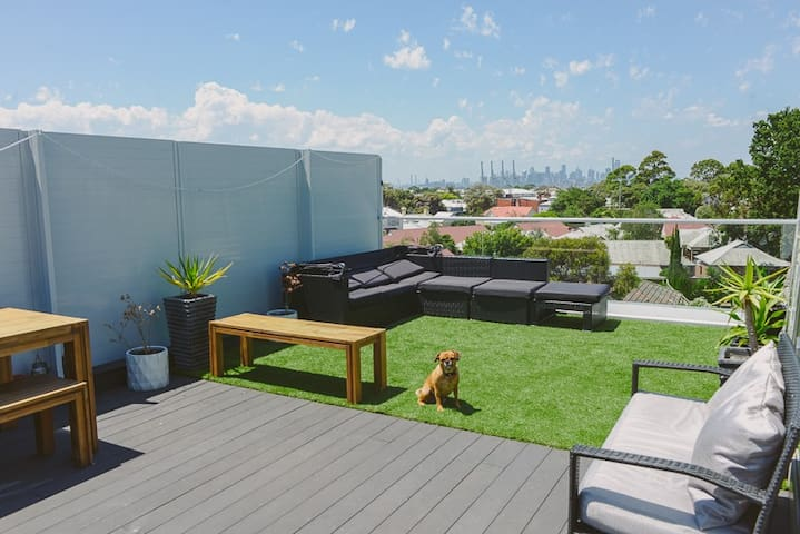 4 Level Townhouse with Rooftop Terrace - Williamstown - Radhus