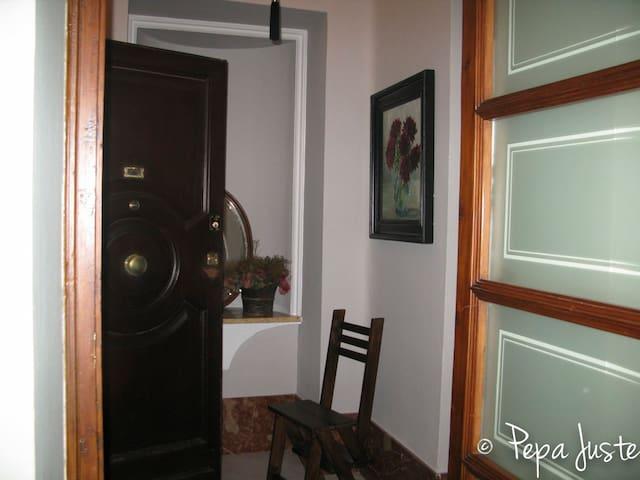 Habitación junto a Torre del Oro3 - Sevilla - Bed & Breakfast