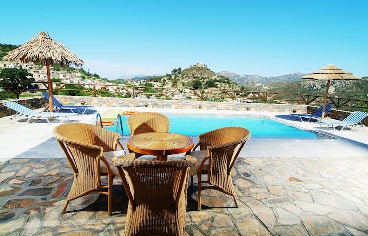 Feel the Calmness in the Village at Nikoleta Villa - Prina - Villa