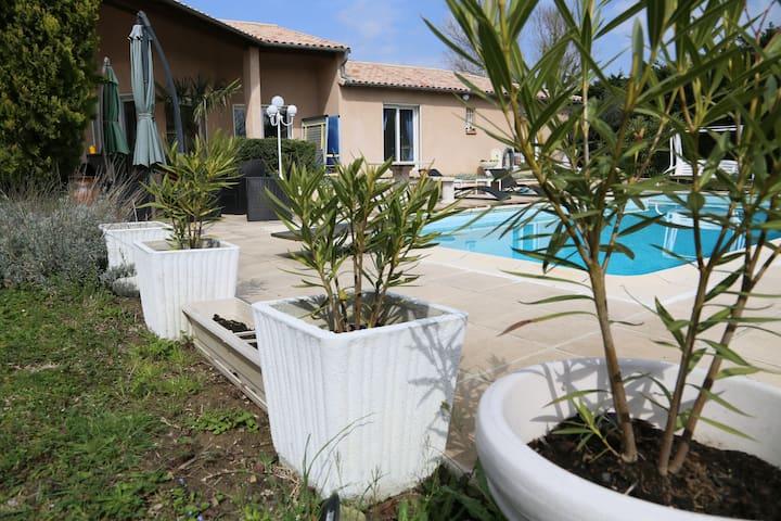Chambre privée 2 lits dans villa avec piscine. - Toulouse - House