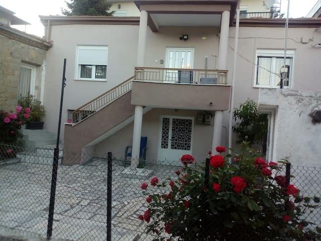 Meteora quiet house