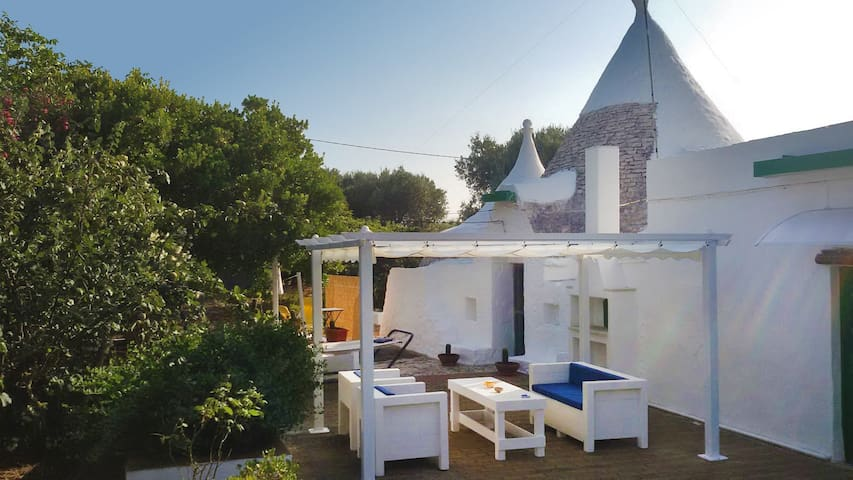 Summer in the trullo - Villa Castelli