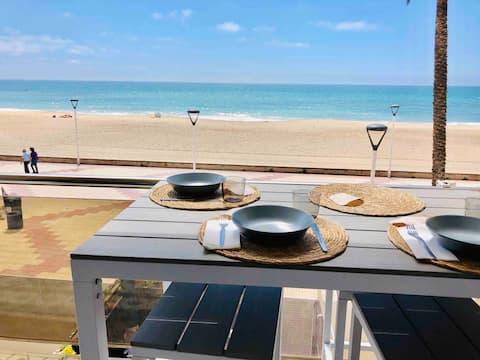 Beach front Designap. w. Pool next to 5 * Hotel Ra