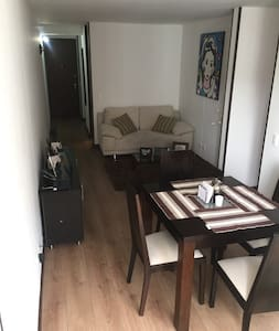 Homely room with excellent location and security - Bogotá