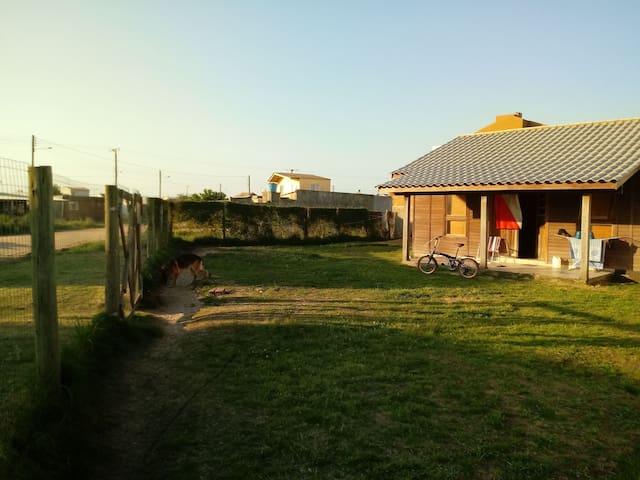Alugo casa de veraneio no Cassino