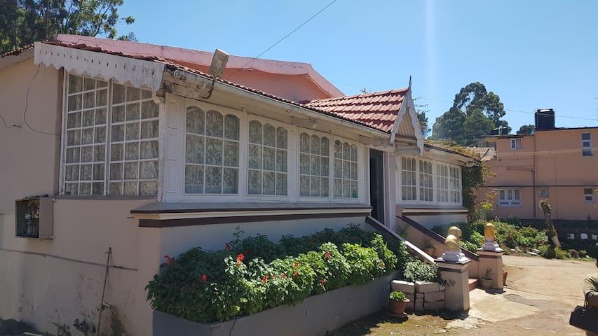 Briton homestay , Ooty - ooty - Vila
