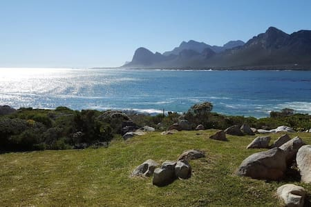Breathtaking views on the waters edge - Pringle Bay - Haus