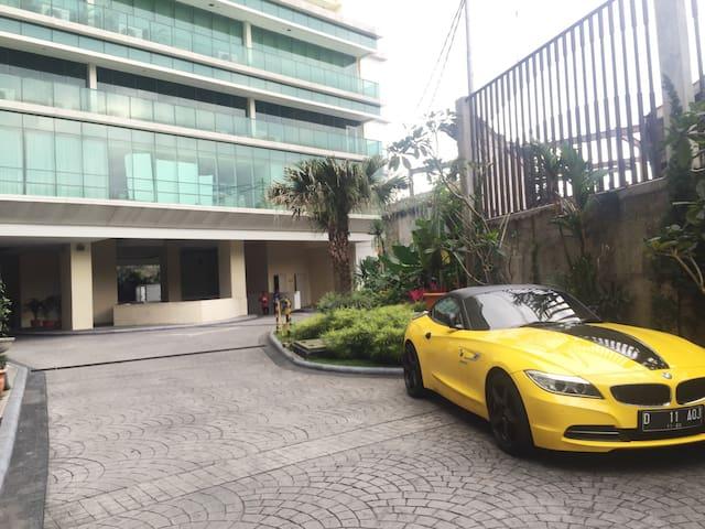 LA GRANDE APARTEMENT BANDUNG - Bandung - Leilighet
