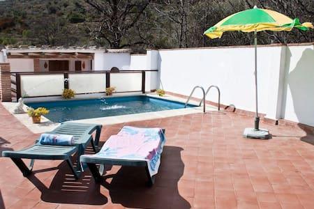 Casa con piscina en La Alpujarra - Órgiva - Casa