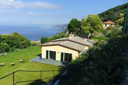 LA PACECCA: BREATHTAKING VIEW ON GULF OF CAMOGLI - Camogli - Villa