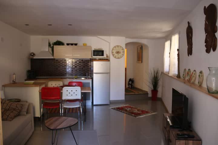 Apartamento moderno cerca de la playa