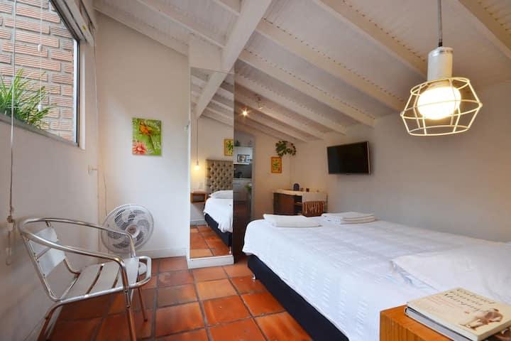 Beautiful & cozy studio apartment in Poblado
