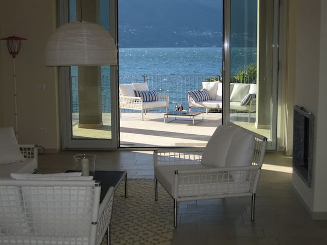 Dream Apartment BEACH directly on the Lake - Porto Valtravaglia