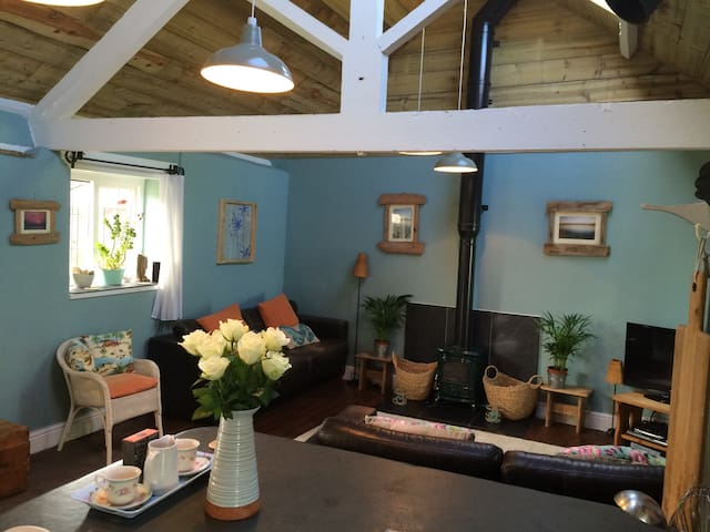 Family home with shared pool near Woolacombe Beach - Devon - Dům
