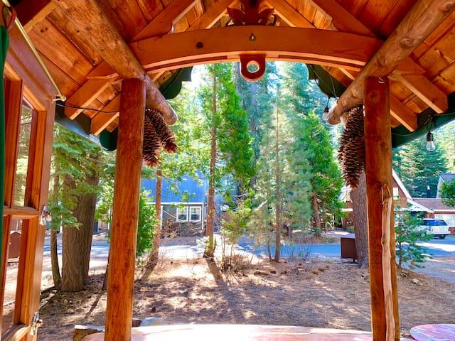 Fairytale Tahoe Woodhaven Cabin