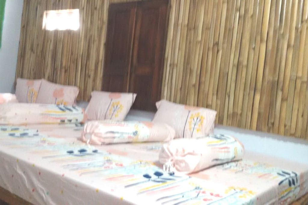 Dormitori room 90.000.idr/pax