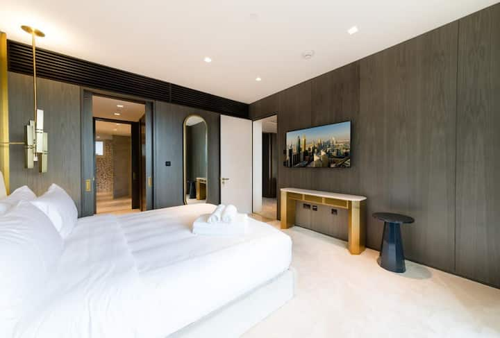 Luxury apartment at Five Palm hotel