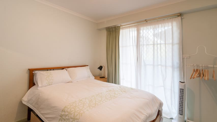 Comfy room in the heart of Braddon