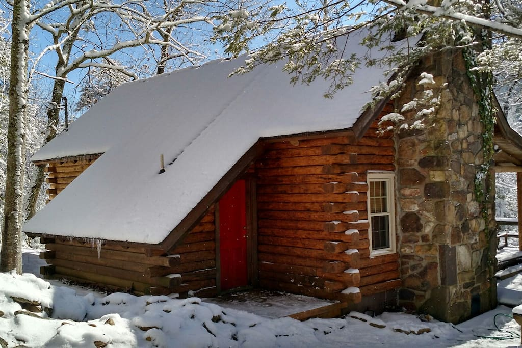 Our Honeymoon Cabin Cabins For Rent In Sevierville