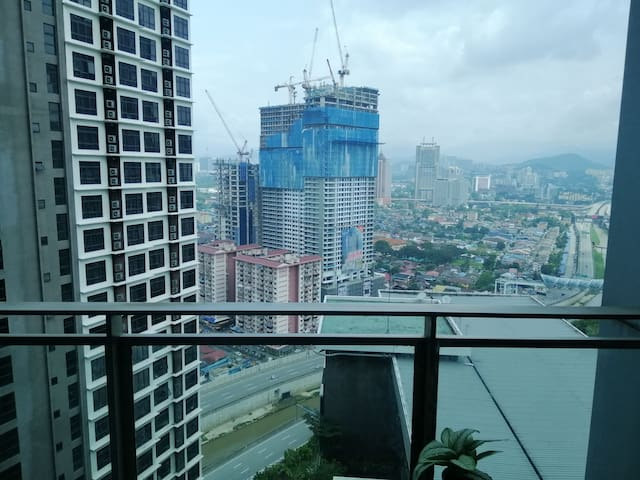 King Summer Suites KLCC 900m walk weekly & Monthly