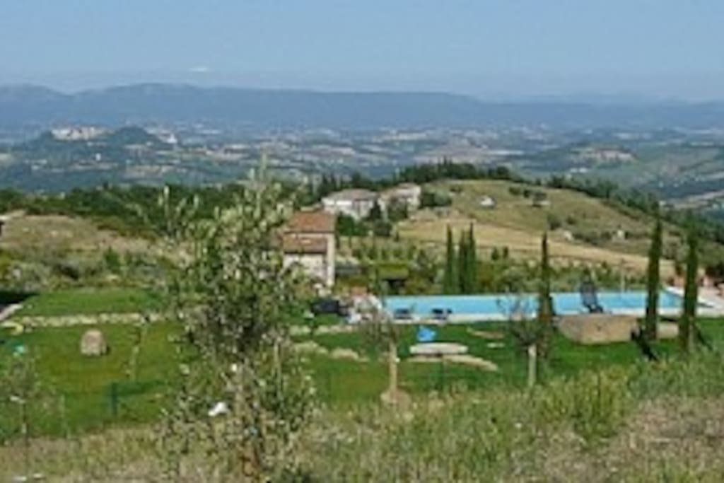 Stunning 360 Degree Views and Tranquillity in the Heart of Umbria