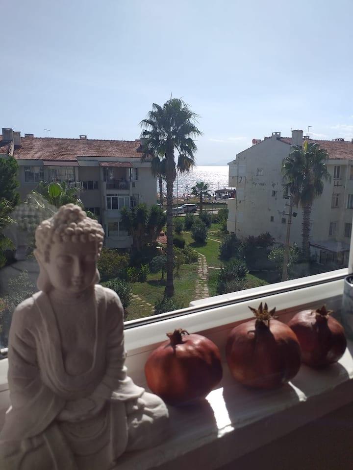 Cozy House in Örnekköy/Lara with Sea View & Garden