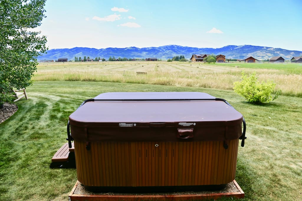 Hot Tub & View of the Big Hole Mountains