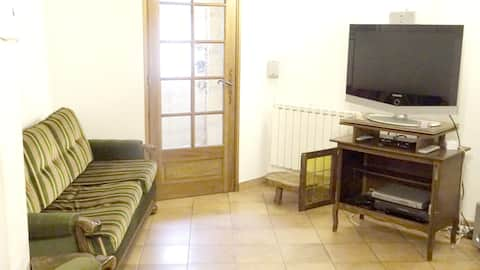 House with 2 bedrooms in Monieux, with wonderful mountain view and furnished terrace - 100 km from the beach